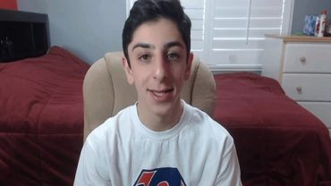 How Much does Faze Rug Make ?